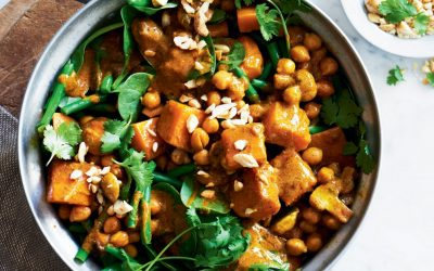 Dietitian's Pick: Chickpea, Pumpkin & Cashew Korma Curry
