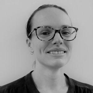 Dr-Madelaine-Hanson